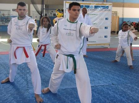 IMG_1518_karate para site em baixa